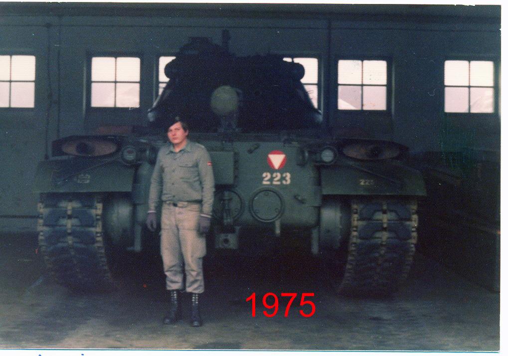 1975 M47 in der Belgierkaserne.jpg