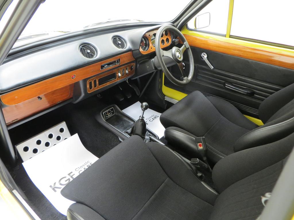 mk1 escort interior.jpg